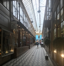 Parisian Galleries, Hidden Passageways